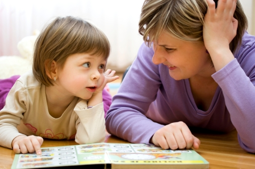 kid-mom-reading-istock_000008985845small